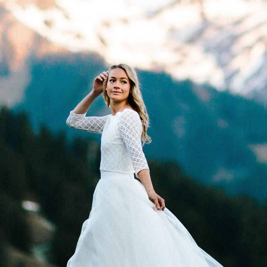 Ava – Schlichtes Brautkleid mit Spitzentop und Tüllrock