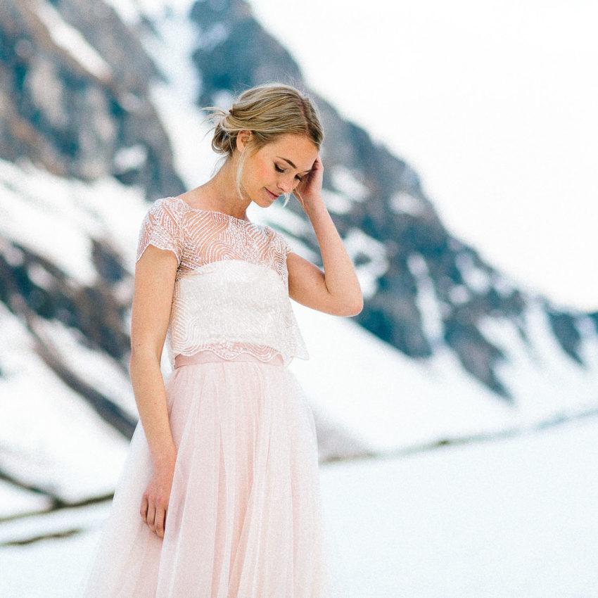 Ivy – Brautkleid in Rosa mit Perlentop und Tüllrock