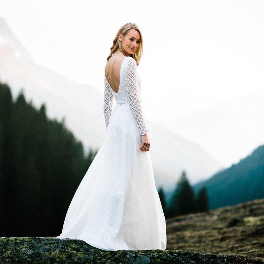 Lou – Brautkleid, schlicht, mit geometrischer Spitze