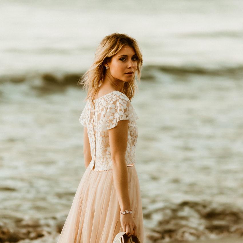 May 2 – Boho Brautkleid mit Spitzentop und Midi-Tüllrock