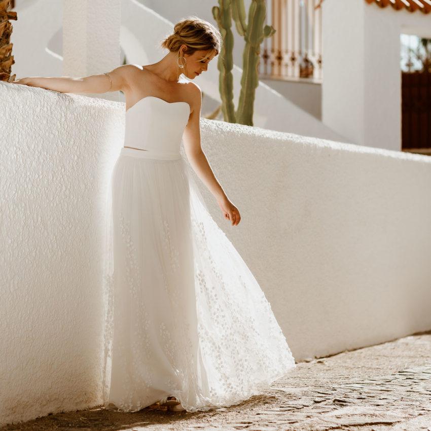Lillith – Brautkleid mit Corsage und Überrock mit 3D-Blättern