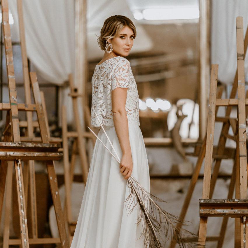 Emmi – Zweiteiliges Midi-Brautkleid mit Spitzentop und Rock aus Chiffon