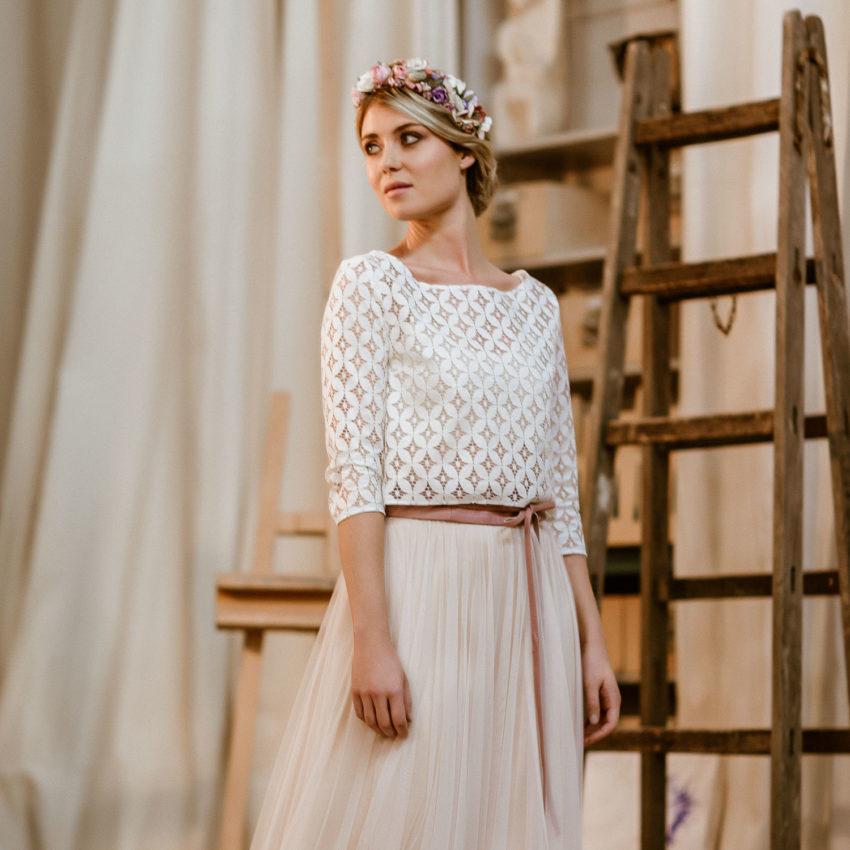 Polly – Langes Brautkleid mit Tüllrock in Puderrosa und Spitzentop