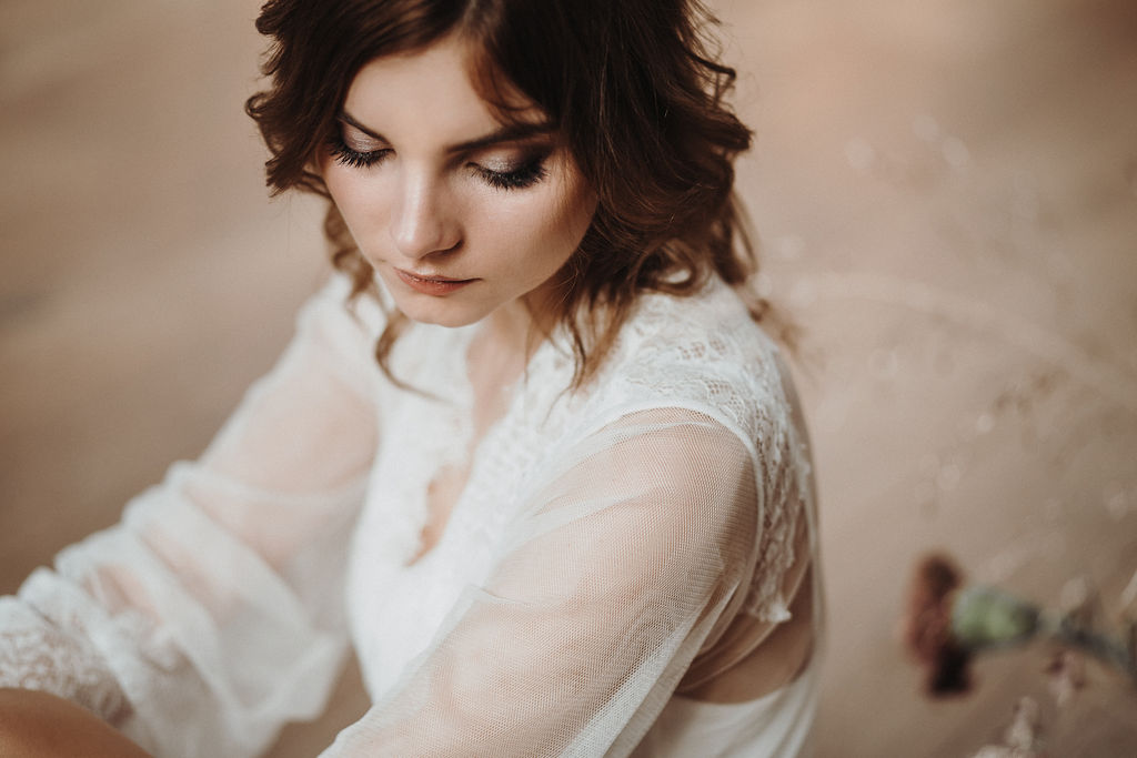 Getting Ready mit Bridal Robe  (Foto: Jennifer Stieler)