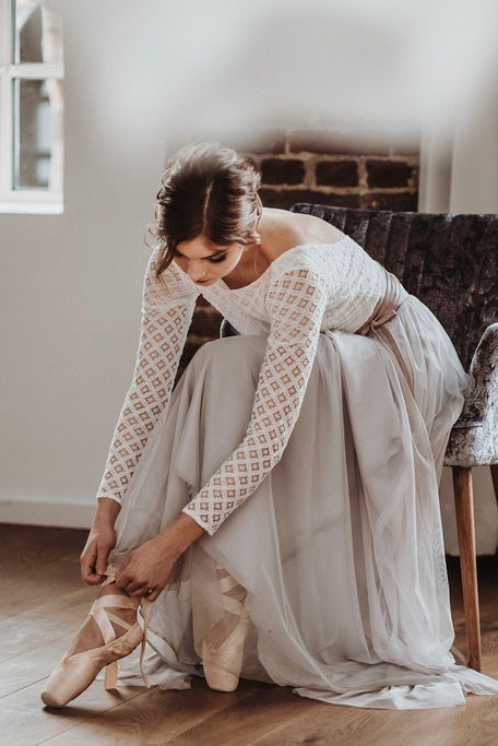 Braut Rock aus Softtüll, Braut Top mit Spitze und Pullover