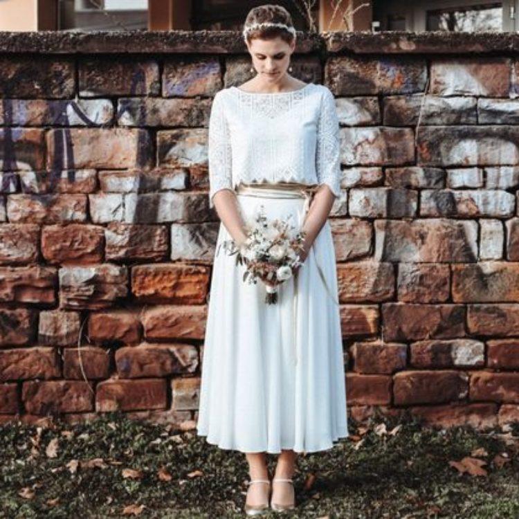 Boho Brautkleid Zweiteiler aus Spitzentop und Midi Crêpe Rock