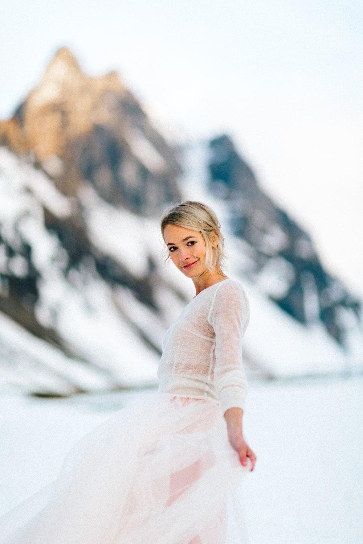 noni Brautkleider 2019 | Braut Pullover Strick, in Natur Creme (Foto: Jennifer Nilsson, Le Hai Linh)