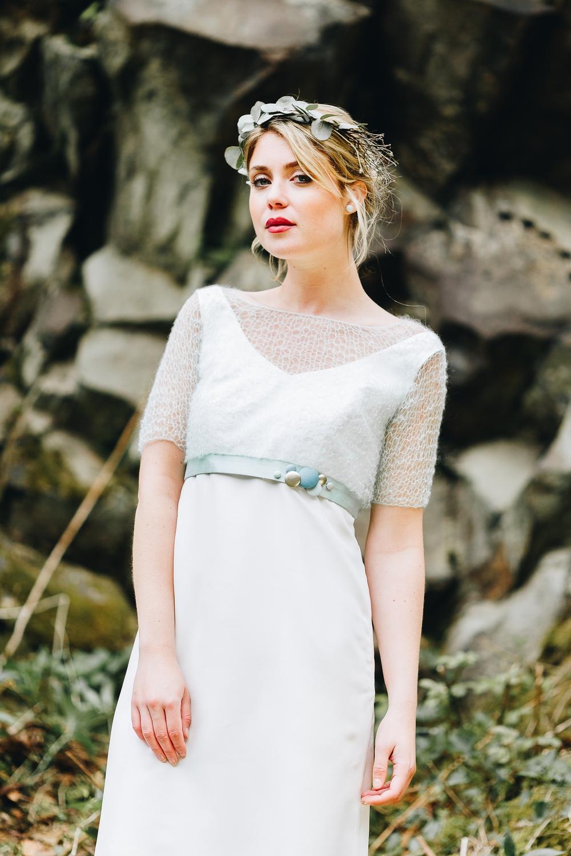 noni Brautkleider 2018 - jetzt entdecken! | Braut Pullover zum Brautkleid in  Mint  (Foto: Le Hai Linh)