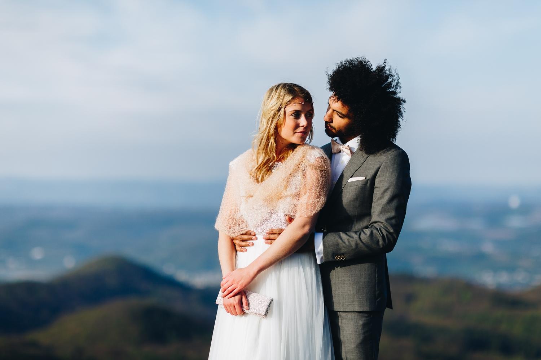 Braut Schal zum Boho Brautkleid mit Spitze und Tüllrock