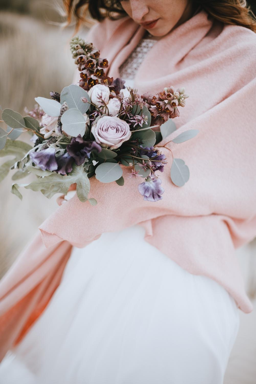 Brautstola Rosa zum Brautkleid