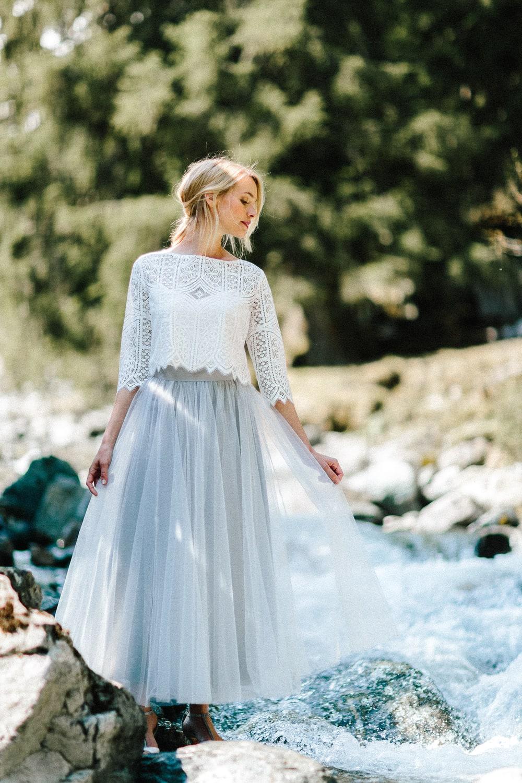 Brautjacke aus Spitze im Boho Stil