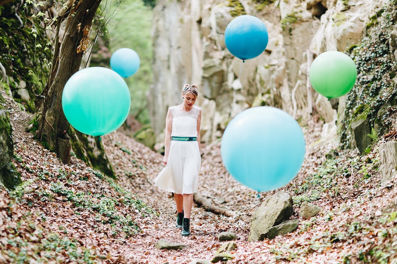 noni Brautkleider 2018 - jetzt entdecken! | Brautkleid kurz, alternativ, mit Spitze (Foto: Le Hai Linh)