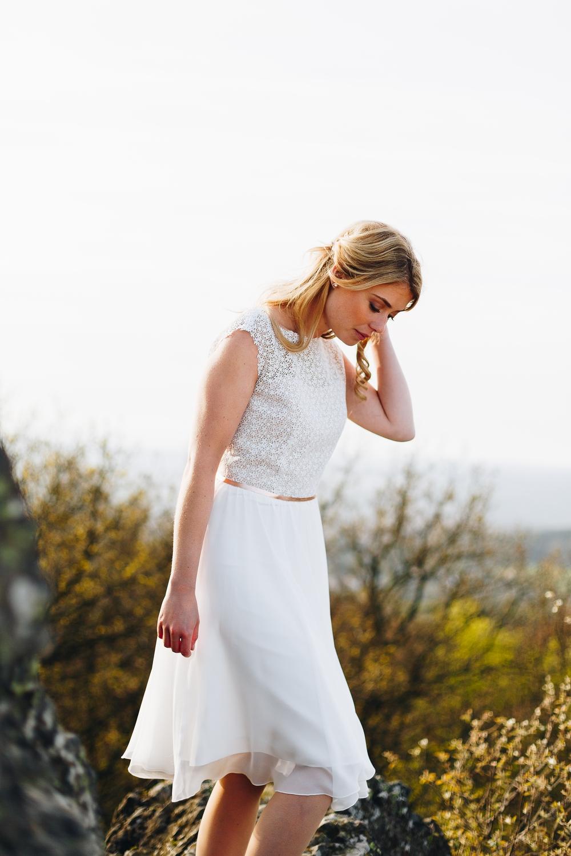 Brautkleid kurz, mit Spitze, Nude und Rosègold