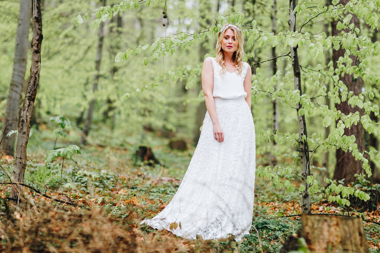 noni noni Brautkleider 2018 | Brautkleid schlicht mit Spitze und Tüllrock