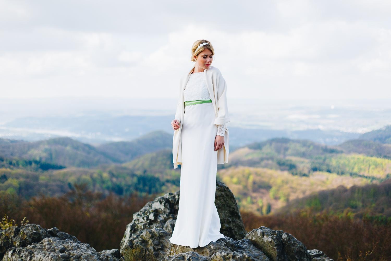 Braut Stola zum Boho Brautkleid mit Spitze