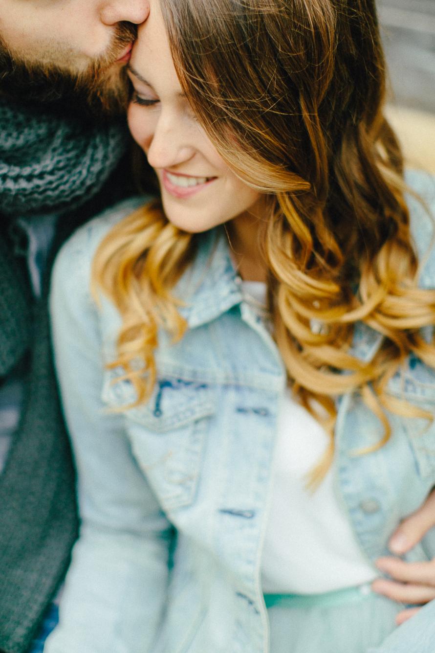 Brautkleider mit Tüll, hellblau, mit Jeansjacke