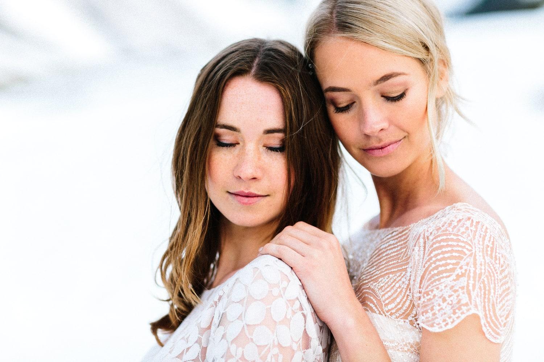 Brautkleider in Rosa, Blush und Nude