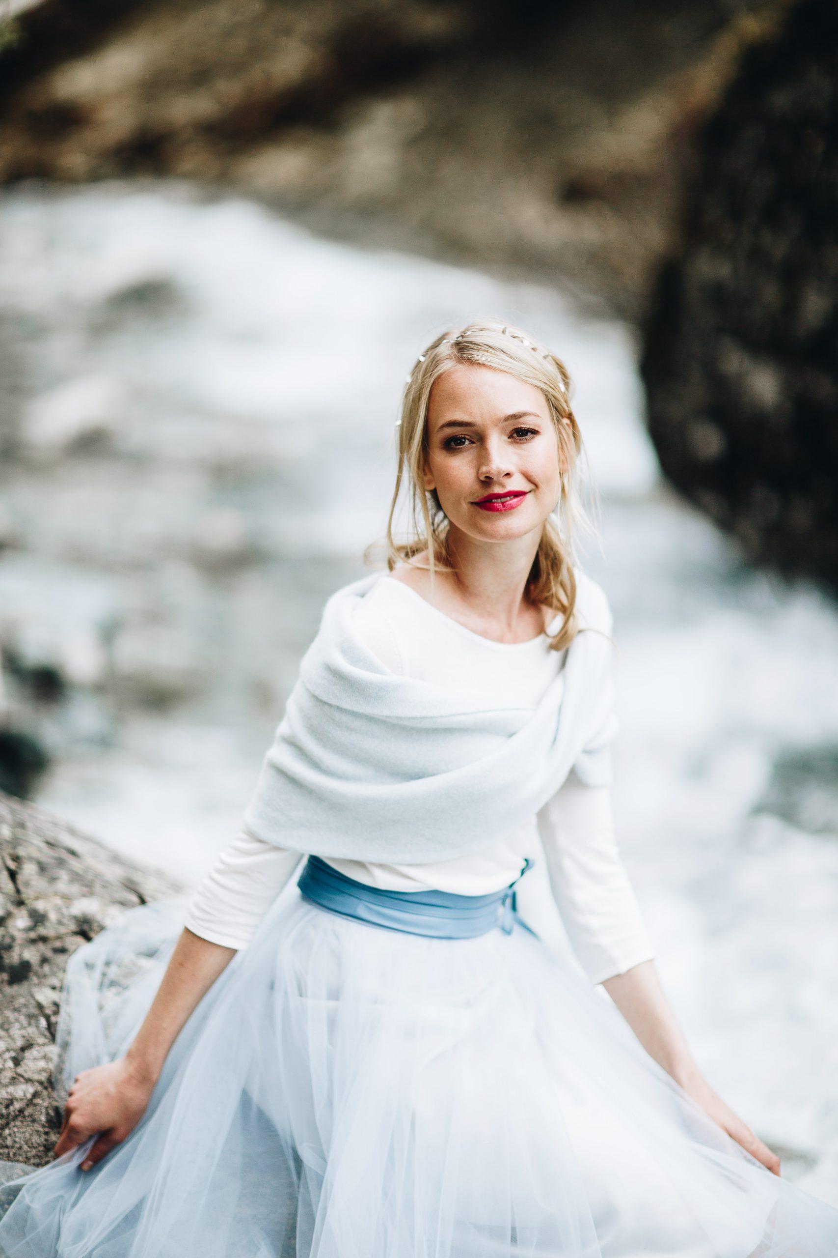Brautkleider für die Hochzeit im Herbst oder Winter  noni