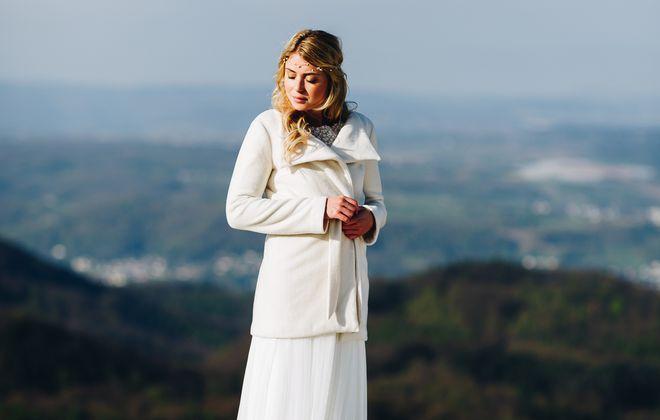 Brautmantel schlicht und elegant, bio Wollfleece