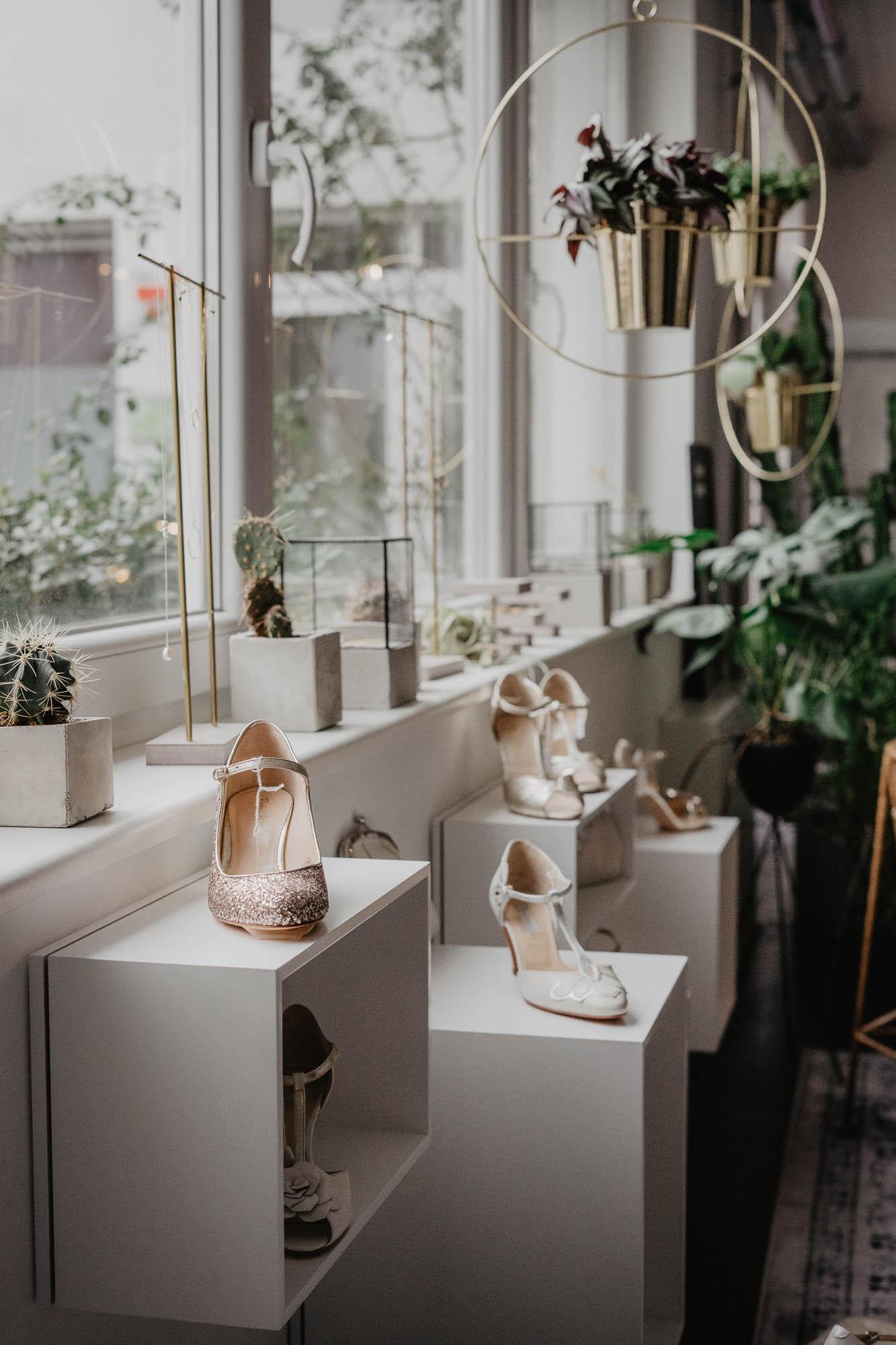 Brautschuhe in Weiss, Ivory, Silber, Rosa und vielen weiteren Farben