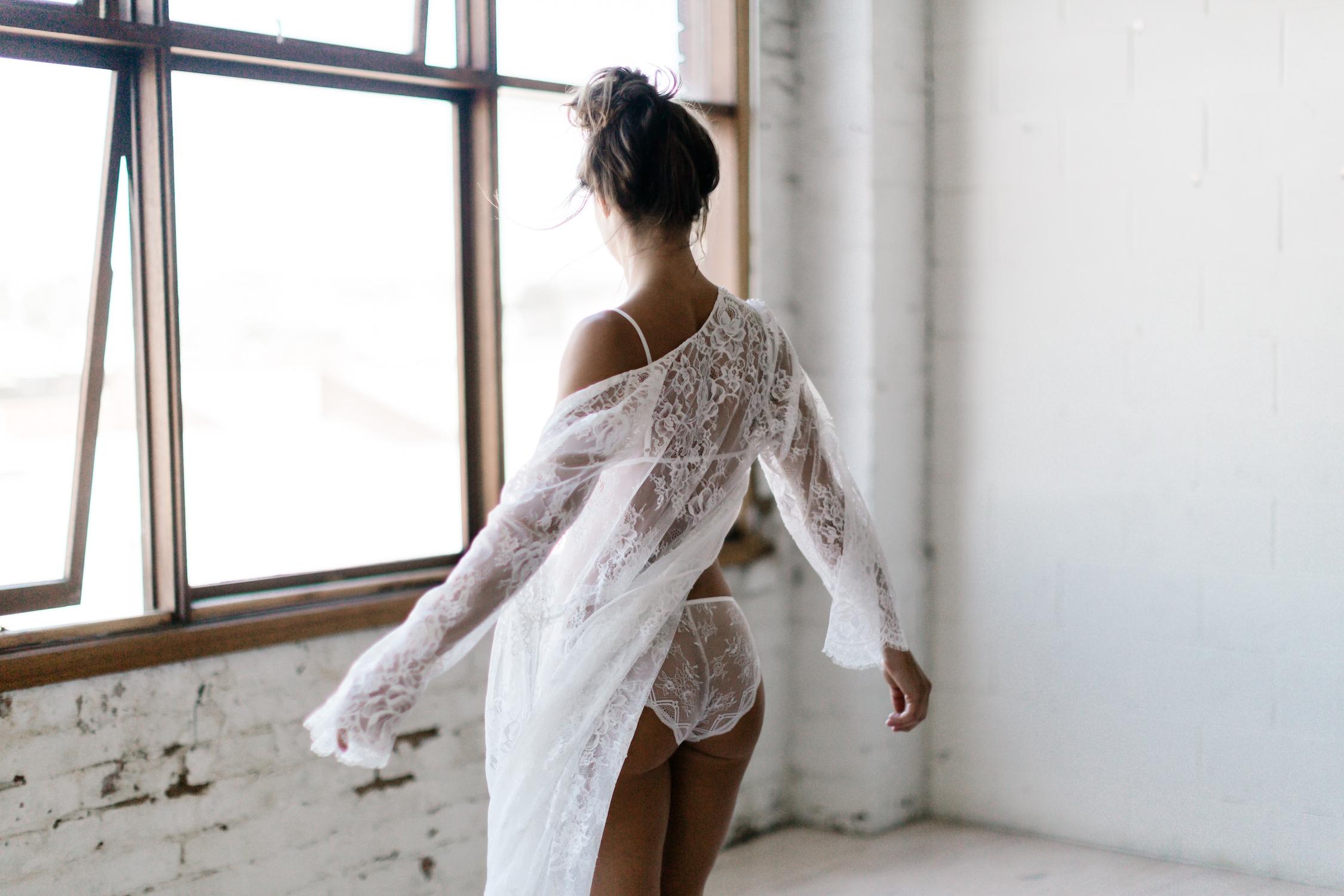 Brautunterwäsche- was drunter tragen? (Foto: Mae's Sunday/ Le Hai Linh)