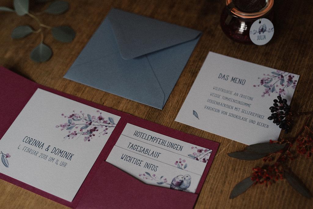 Einladungskarten für die Hochzeit (Foto: Josee Lamarre)