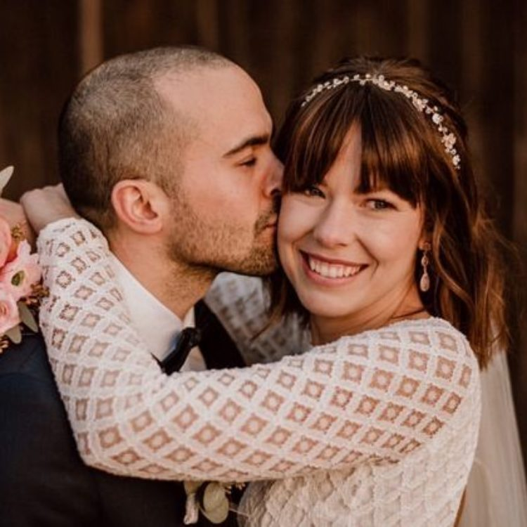 Hochzeitskleid aus Braut Body mit geometrischer Spitze und Tüllrock in Ivory