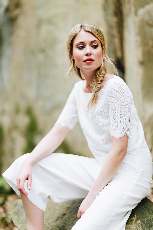 Hosenanzug für die Hochzeit mit Culotte in Ivory Spitzentop