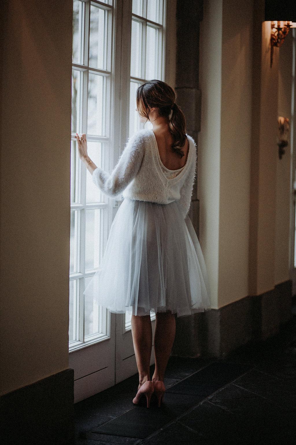 Moderner Braut Pullover rueckenfrei (Foto: Daniela Maquardt)