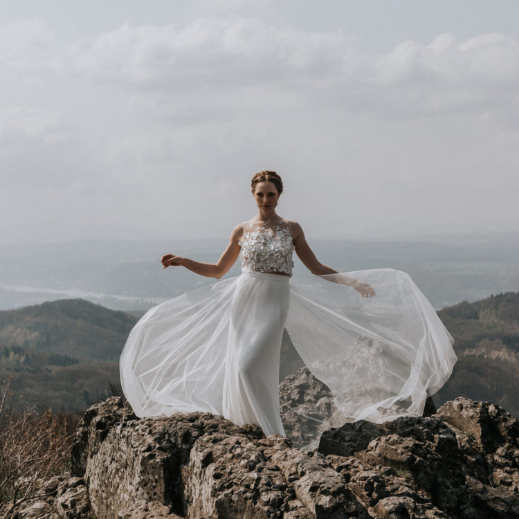 Neue Brautkleider für Herbst und Winter 2019/2020