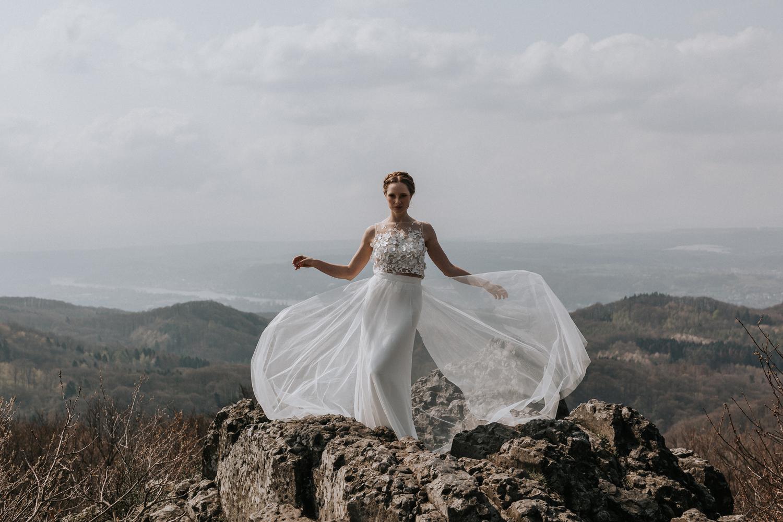 Neue Brautkleider für Herbst und Winter 2019/2020 (Foto: Jennifer Nilsson)