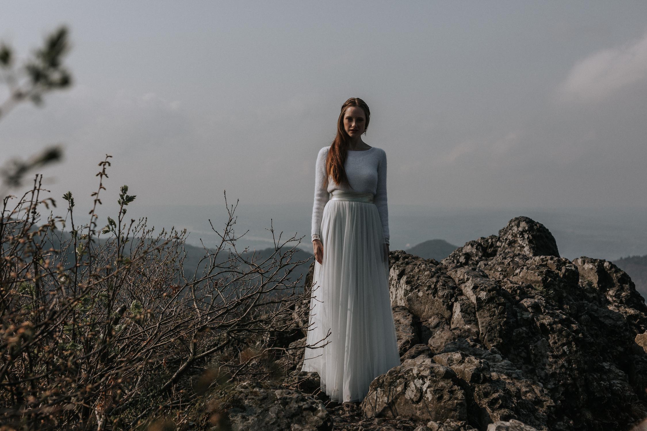 Elastischer Brautrock aus fließendem Softtüll