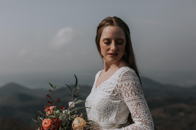 Hochzeits-Zweiteiler für Schwangere mit Umstandsrock mit elastischem Bund und bequemem Top aus Boho-Spitze