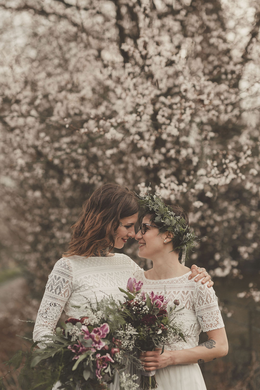 Hochzeit auf dem Falderhof mit lesbischem Brautpaar (Foto: Jennifer Nilsson)
