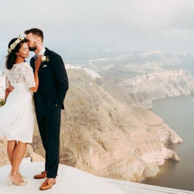 Kurze Brautkleid-Kombi mit Spitzentop und Tüllrock in Ivory