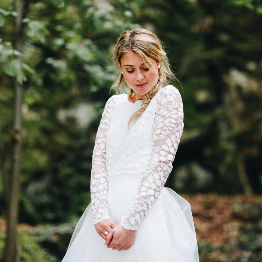 Norine – Brautkleid schlicht mit Ärmel und Spitze
