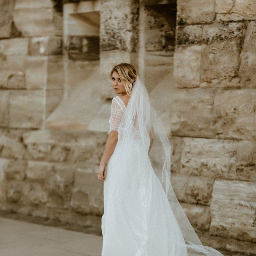 Lilia – Brautkleid-Kombi aus Spitzentop und Chiffon-Rock mit Schleppe