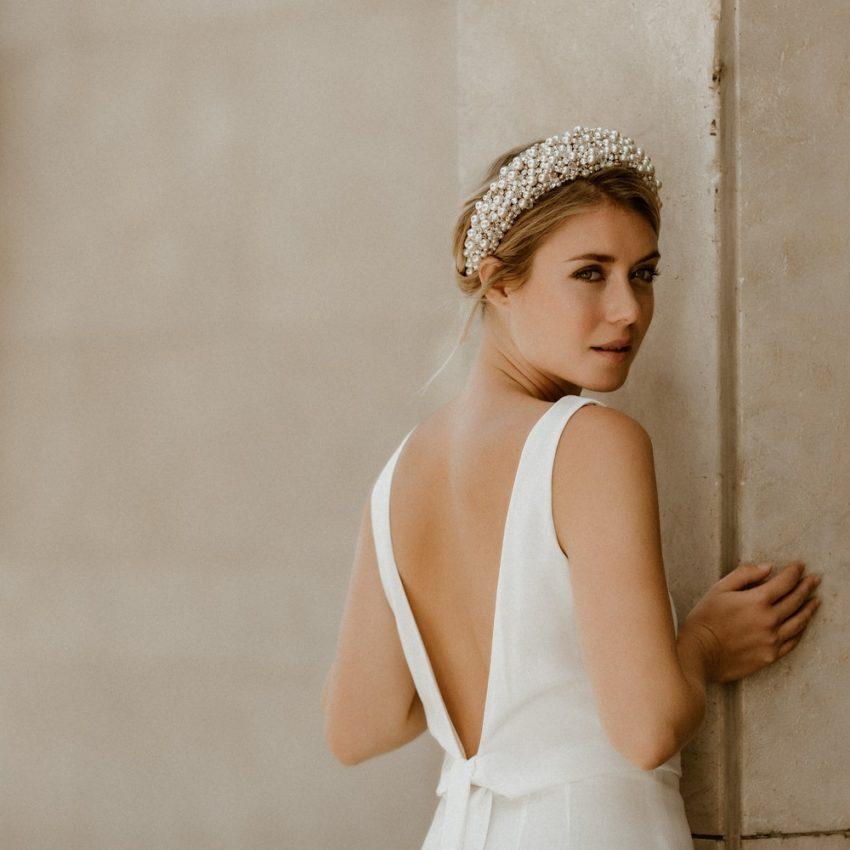 Olivia – Rückenfreier Braut-Jumpsuit mit Taillenband