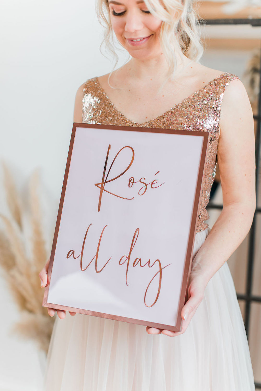 Hochzeitskleid in Blush für die Hochzeit in Roségold (Foto: Hilal&Moses Photography)
