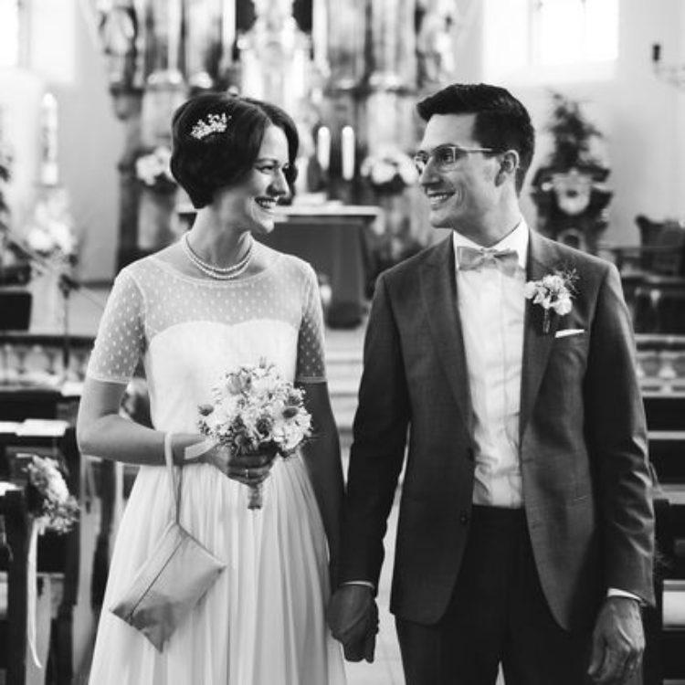 vintage Brautkleid mit Ärmel und Punkten