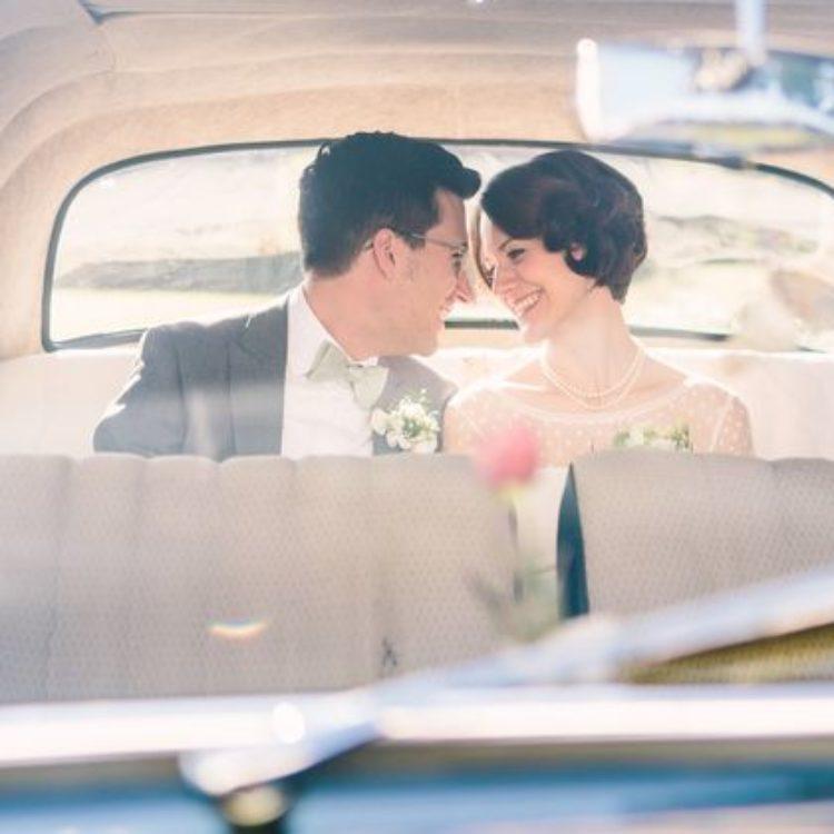 wadenlanges vintage Hochzeitskleid mit Ärmeln