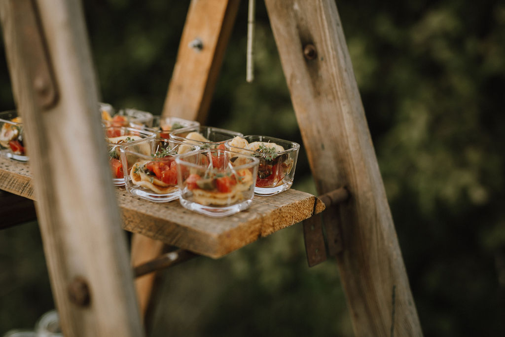 Styled Shoot Boho Hochzeit, Catering-Detailbild
