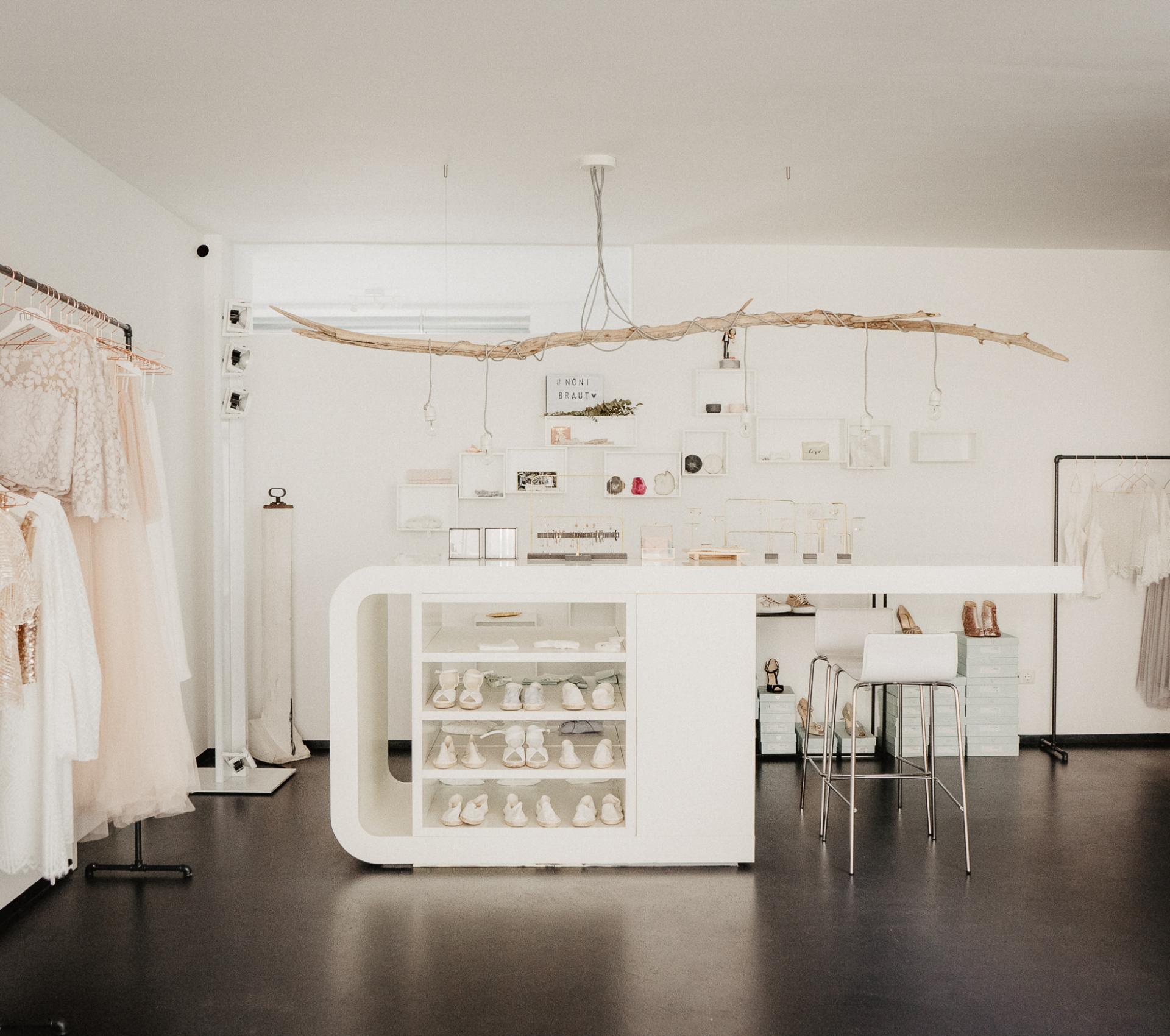 Brautmode Geschäft in Köln