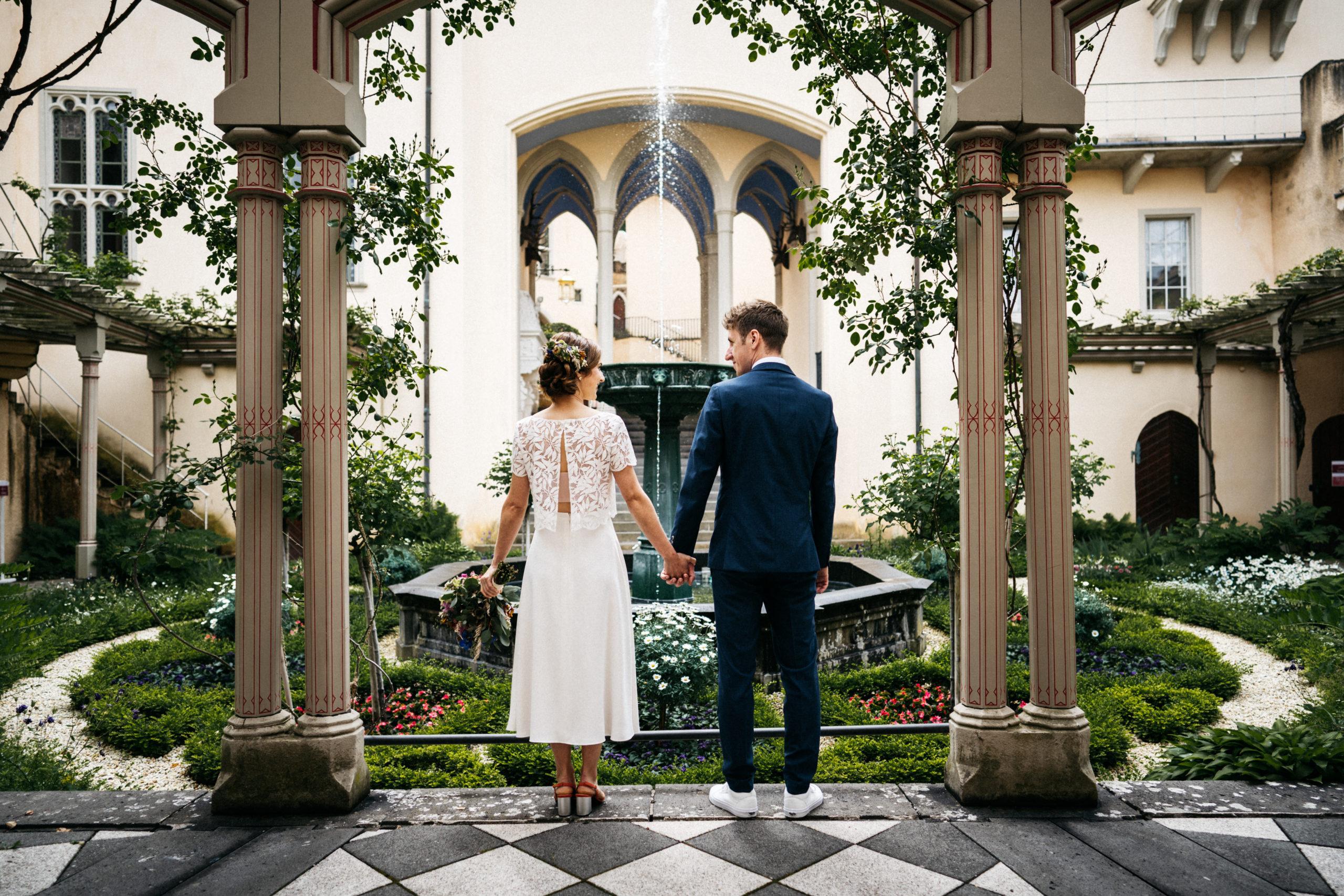 Brautpaar in Burg