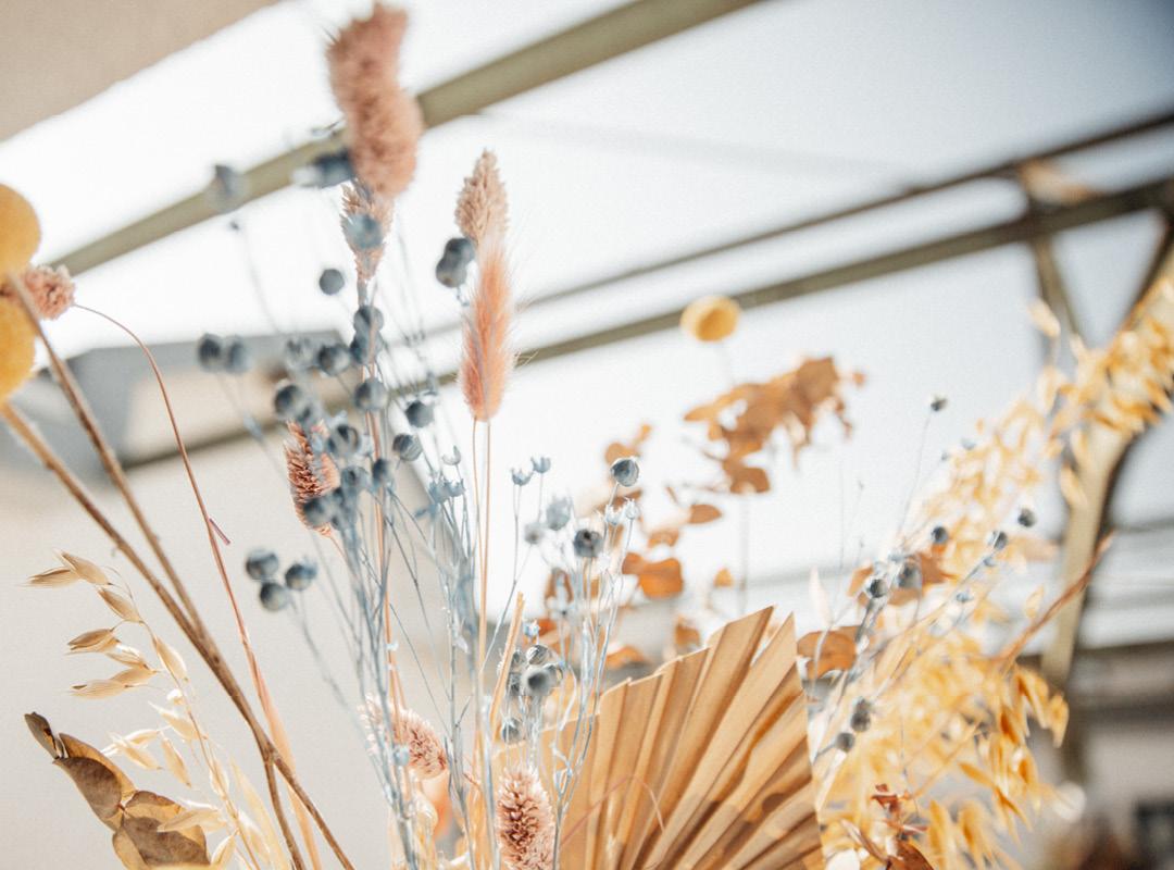 Blumenstrauss mit Trockenblumen